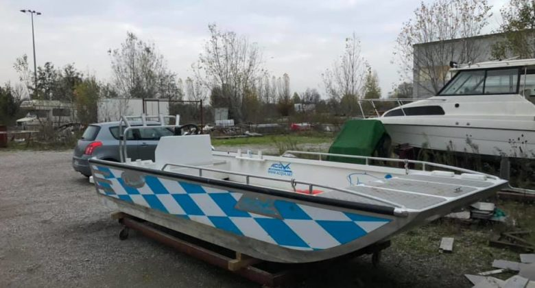casasiluo_wallercamp-welscamp-am-po_boote_acqvaboat_bayern3